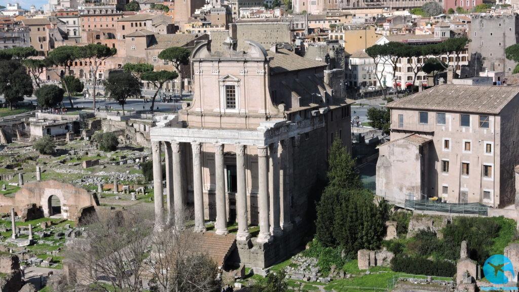 Roma Fórum Romano no centro da cidade ruínas