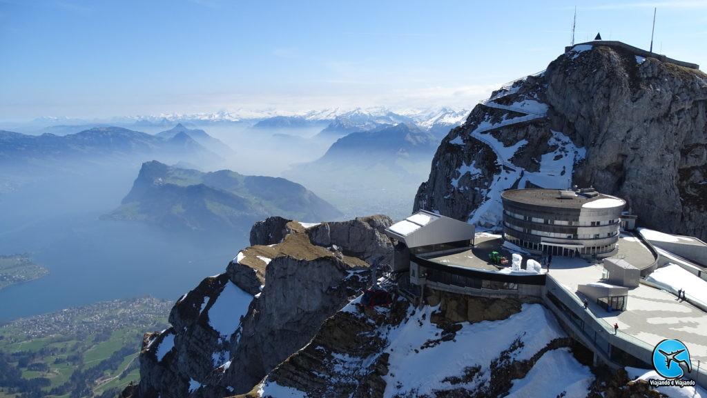 Paisagem do Monte Pilatus com neve em Lucerna