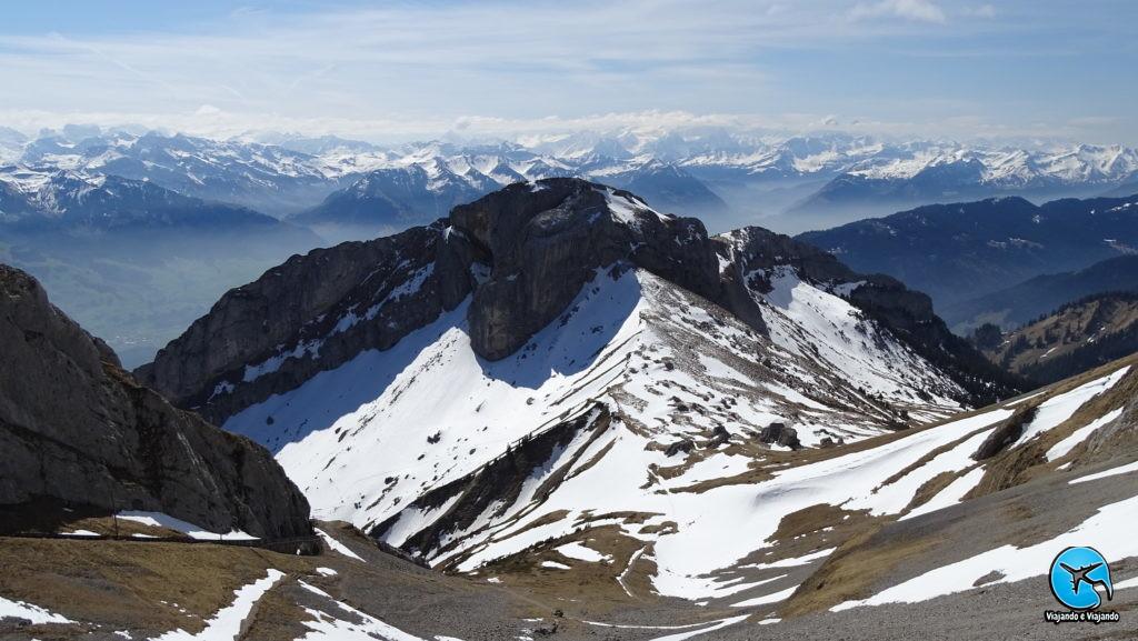 Vista do Monte Pilatus em Lucerna