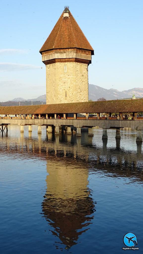 Torre Octogonal - Wasserturm em Lucerna na Suíça