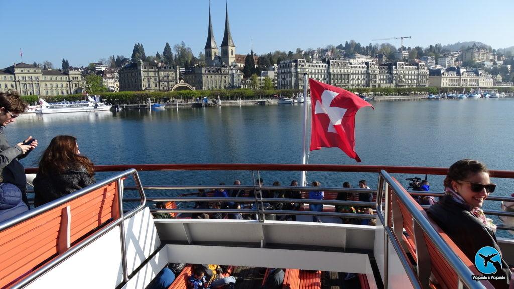 Passeio de barco no Lago Lucerna na Suíça