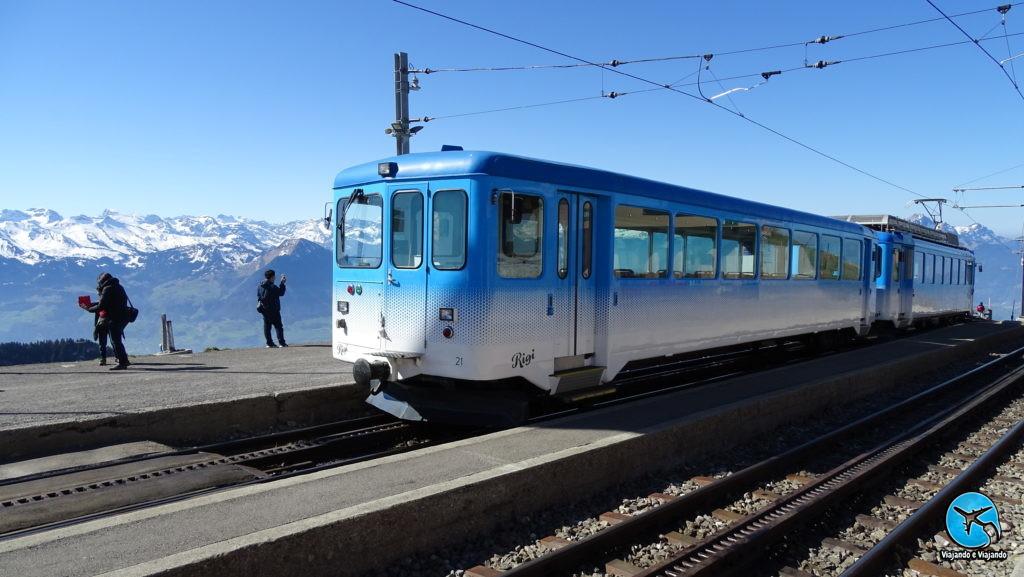 Trem para o Monte Rigi em Lucerna Luzern na Suíça