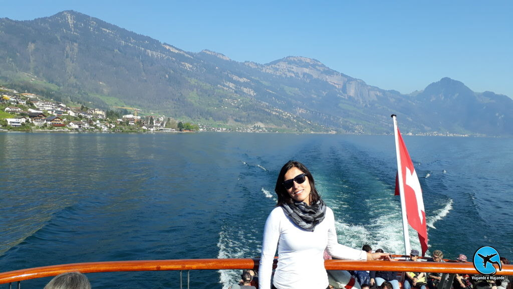 passeio de barco no Lago Lucerna ou Luzern Lake na Suíça ou Switzerland