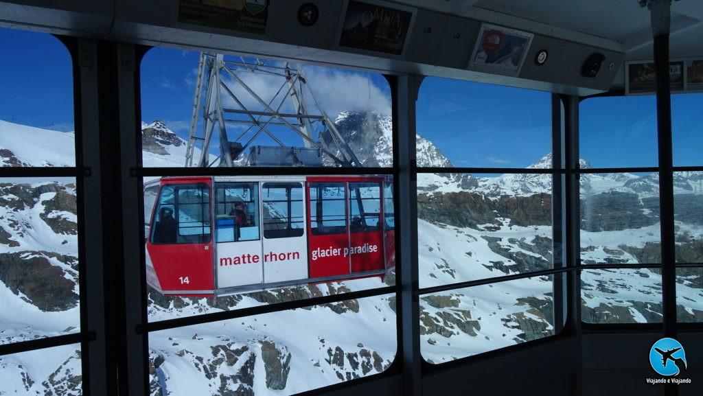 Matterhorn Glacier Paradise em Zermatt na Suíça