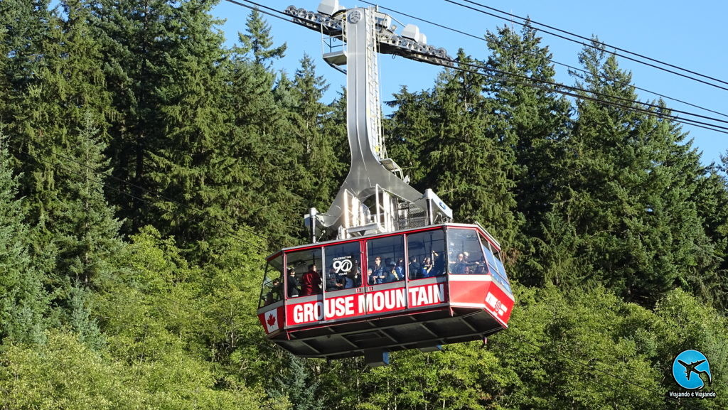 Grouse Montain in Vancouver gondola